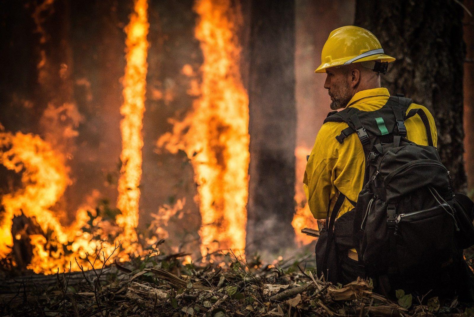 Incêndios florestais tem aumentado o número de casos de pessoas com problemas respiratórios.